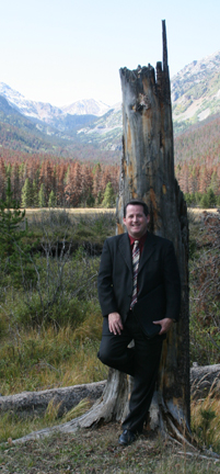 Wedding Officiant Kevin Cooper in Estes Park CO